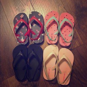 Old navy flip flops- lot of 4